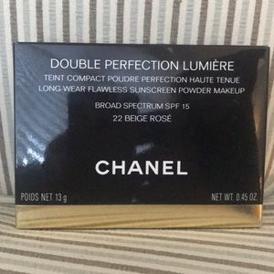 Chanel Double Perfection Lumiere pressed powder